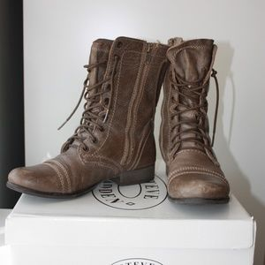 Steve Madden Troopa Stone Lea Combat Boot